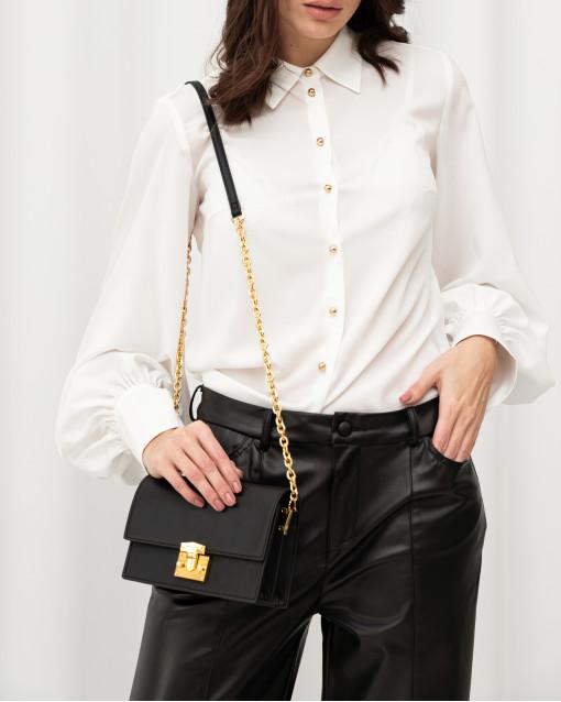 Блуза рубашечного кроя с золотыми пуговицами