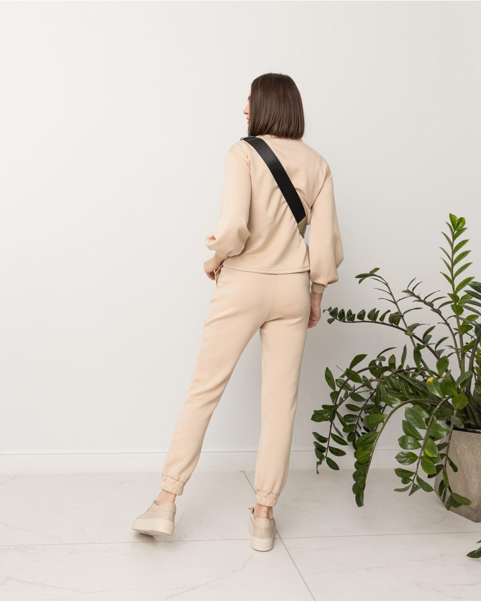 Костюм из мягкого трикотажа спортшик с брюками-джоггерами