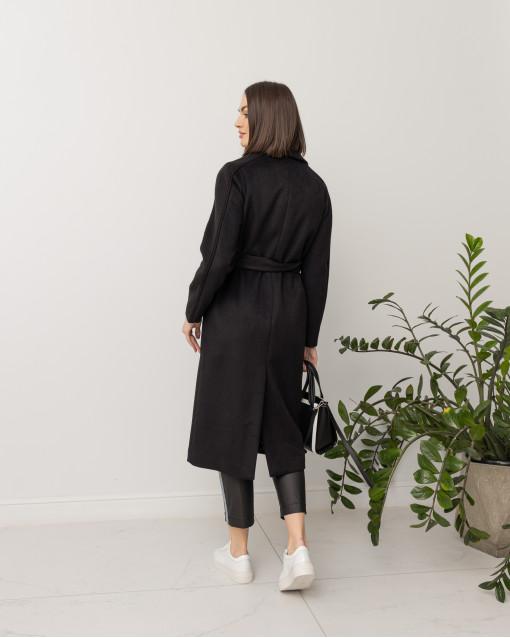 Пальто с трикотажными вставками на рукавах и карманах с поясом
