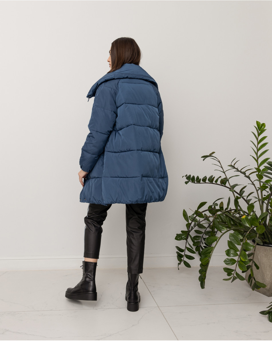 Куртка средней длины на кулиске