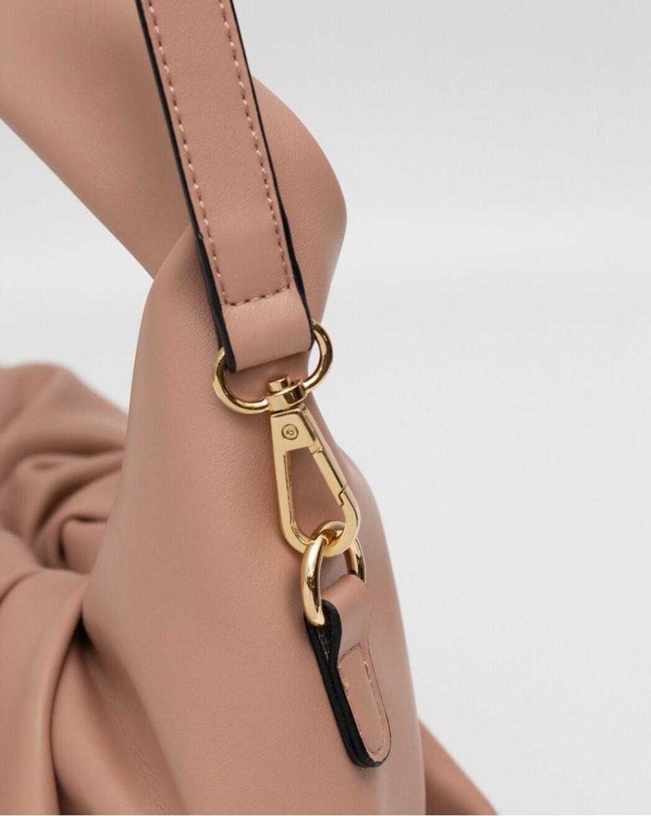 Сумка розового пастельного оттенка с плечевым ремнем
