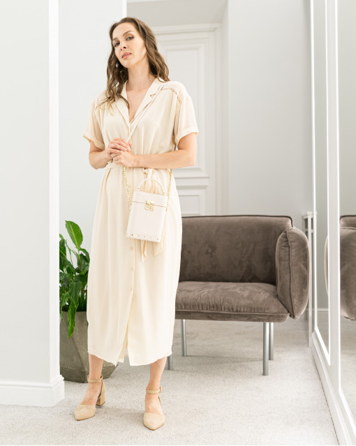 Платье рубашечного кроя с поясом с блестками