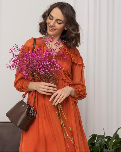 Платье из шелка с воланами