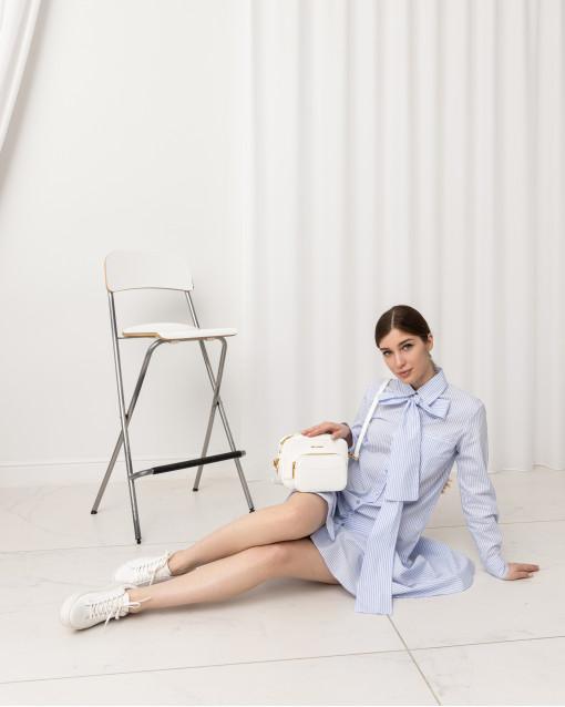 Платье рубашечного кроя с поясом в полоску