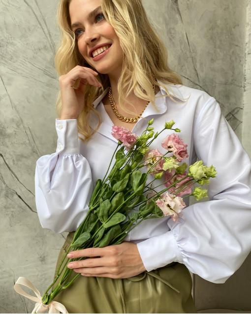 Блуза классического кроя белая