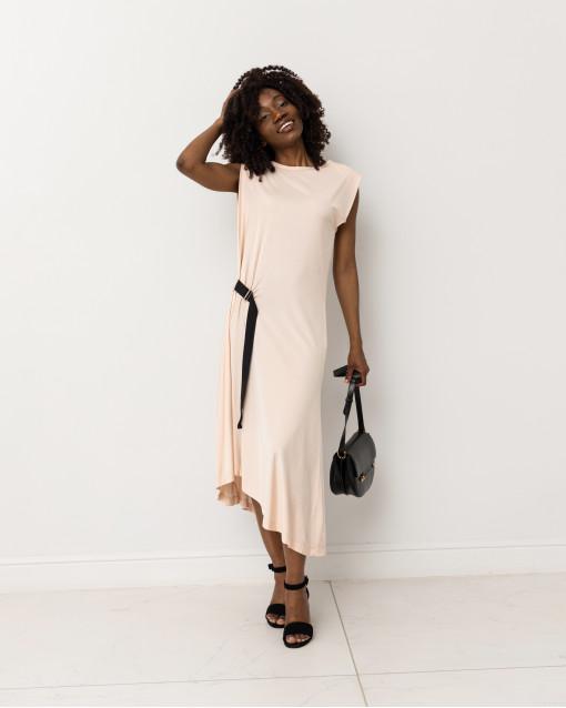 Платье c утяжкой на талии