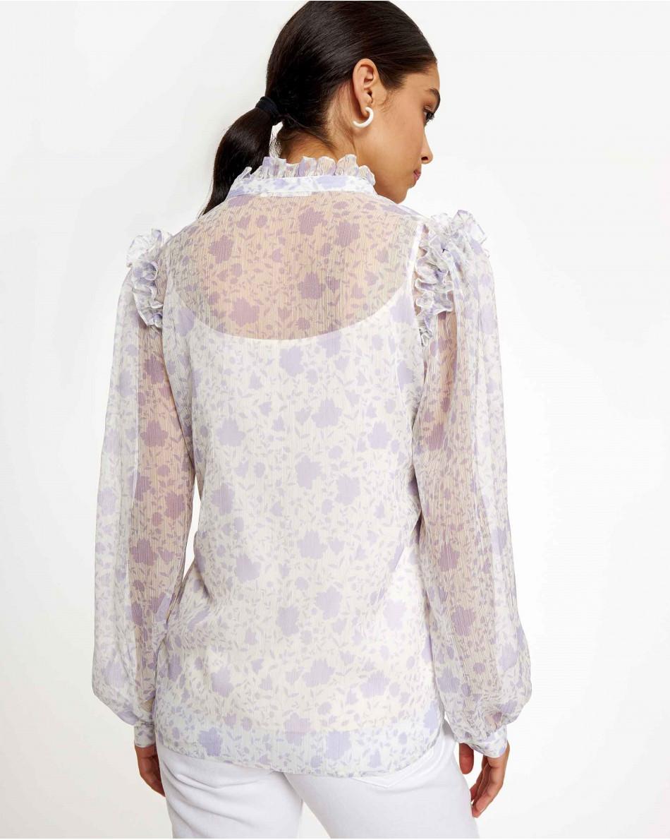 Блуза с рюшами в лиловый цветок