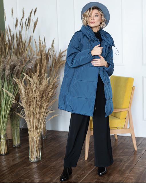 Куртка средней длины на кулиске с воротником-стойкой