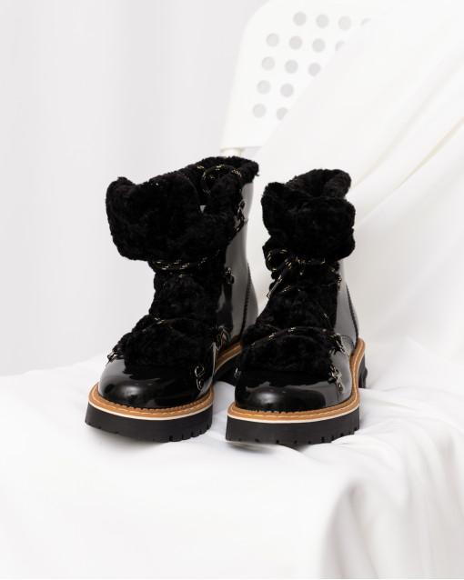 Ботинки с искуственным мехом на шнуровке