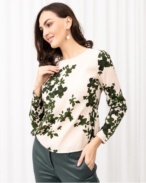 Блуза с вырезом-лодочка