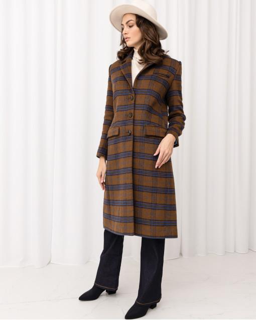Пальто в клетку прямого кроя