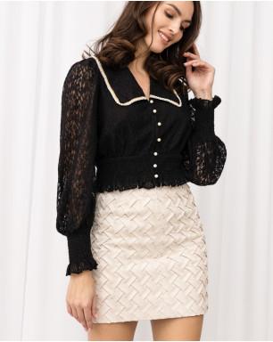 Блуза из кружева с воротником и застежками из жемчужного бисера