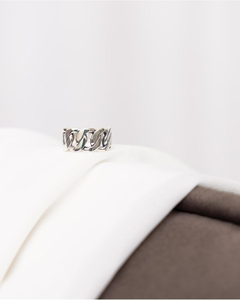 Кольцо крупными звеньями в серебряном цвете металла