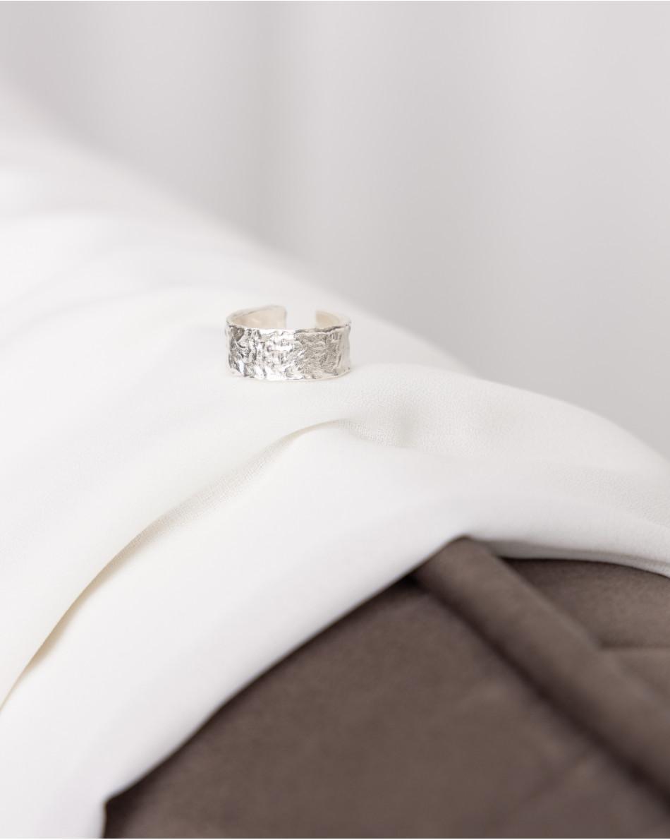Кольцо матовое в серебряном цвете металла
