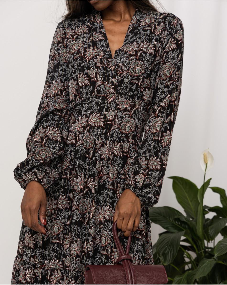 Платье с V-вырезом в цветок