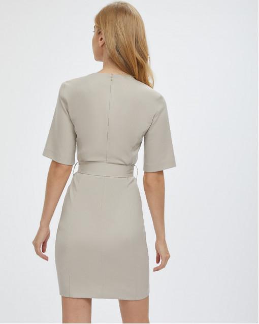 Платье-мини с поясом