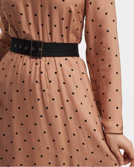 Платье в горох с поясом